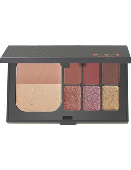 Online Only Day To Night Eyeshadow Palette / Warm by Pyt Beauty
