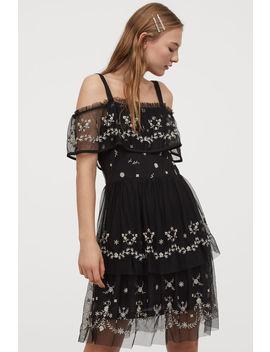 Šaty SOtvormi Na Pleciach by H&M