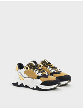 Sneakers With Contrast Gold Trims by Bershka