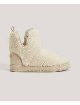Faux Shearling Boots by Oysho
