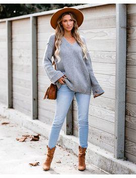 Black Diamond V Neck Knit Sweater   Grey by Vici