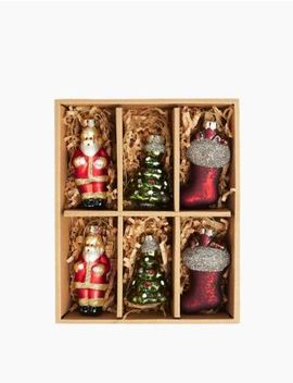6 Pack Traditional Tree Decorations by Marks & Spencer