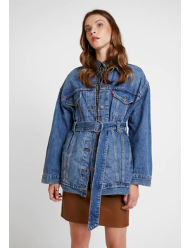 Belted Trucker   Denim Jacket by Levi's®