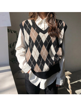 I Want To Meet You Argyle Knit Vest by Chuu