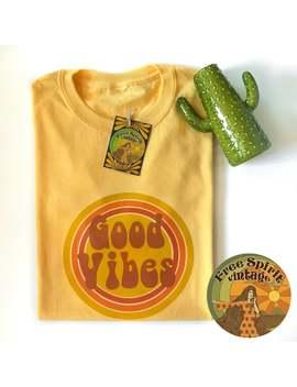 Gute Stimmung Gelb T Shirt   70er Jahre, 60er Jahre, Retro/Vintage Stil, Boho, Festival, Hippie   Slogan/Text/Grafik T Shirt by Etsy