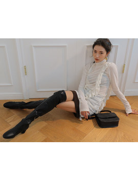 Over The Knee Round Toe Boots by Stylenanda