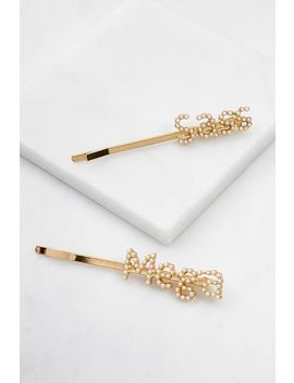 Mega Sass Pearl Hair Clip Set by Urban Outfitters