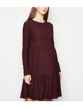 Maternity Burgundy Crinkle Tiered Smock Dress by New Look