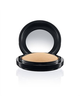 Mineralize Skinfinish Natural by Mac