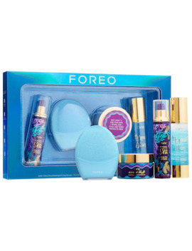 Foreo Featuring Tarte™   Into The Deep Holiday Hydration Set by Foreo