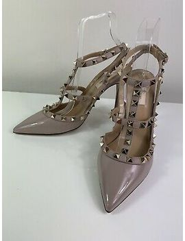 New Valentino Rockstud 100 Nude Poudre Patent Heels 39 by Nude
