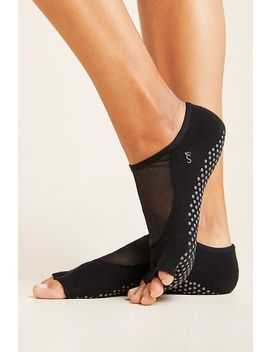 Toesox Luna Active Grip Socks by Toesox