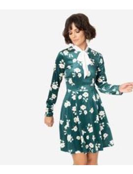 Smak Parlour Green Velvet & Ivory Floral Print Bow Flare Dress by Unique Vintage