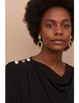 Oval Earrings by H&M