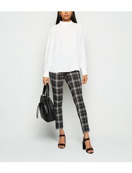 Petite Black Check Slim Stretch Trousers by New Look