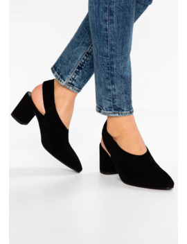 Tracy   Classic Heels by Vagabond