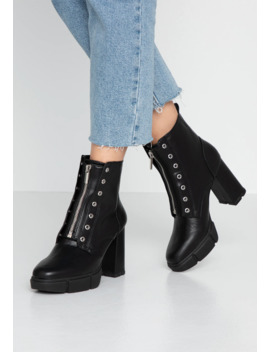 High Heeled Ankle Boots by Even&Odd