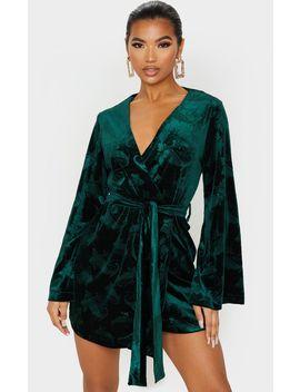 Emerald Green Embossed Velvet Long Sleeve Tie Detail Bodycon Dress by Prettylittlething