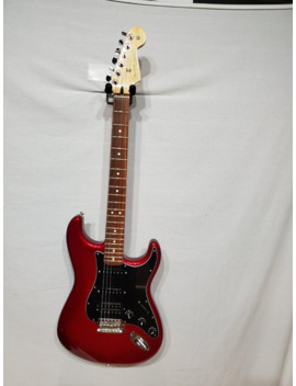 Used  Player Stratocaster Hss Solid Body Electric Guitar by Fender