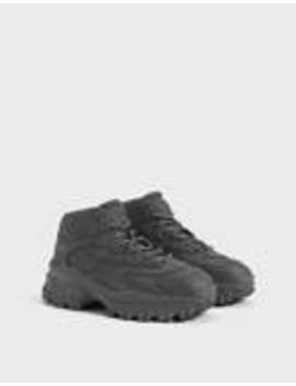 Men's High Top Hiking Sneakers by Bershka