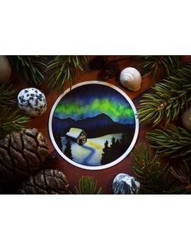 Medium Vinyl Stickers: Aurora (Snowy Alaskan Night) Circle Art by Etsy