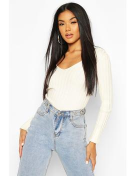 V Neck Ribbed Knit Top by Boohoo