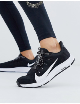 Nike Running Quest Trainers In Black &Amp; White by Nike