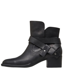 Ugg Womens Elysian Boots Black by Ugg