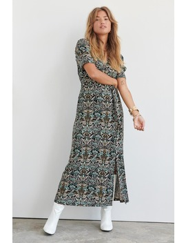 Ida Wrap Dress by Ginatricot