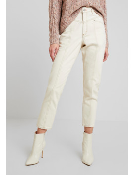 Andrea   Jeans Straight Leg by Monki