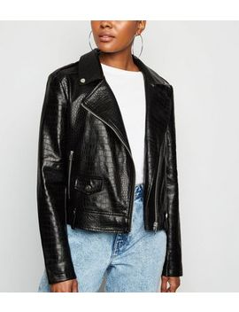 Cameo Rose Black Faux Croc Jacket by New Look