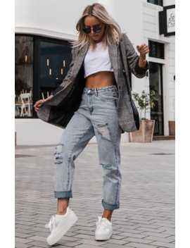 Moving On Boyfriend Jeans Washed Blue Denim by White Fox