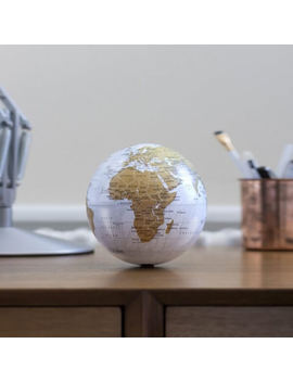 Revolving Globe by Iwoot