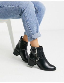Oasis Boots With Buckle Detail In Black by Oasis