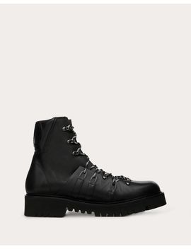 Vlogo Boots In Calfskin Leather With Shearling Lining by Valentino Garavani