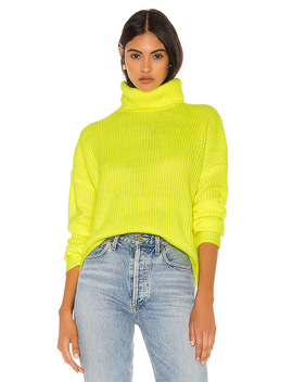 Lira Turtleneck Sweater In Neon Yellow by Superdown