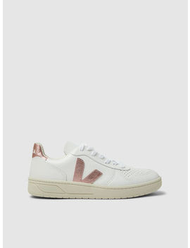 V 10 Low Top Leather Trainers by ‎Veja‎