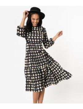 1940s Style Black & White Daisy Print Midi Dress by Unique Vintage
