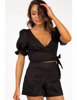 Jess Black Linen Shorts by Dissh