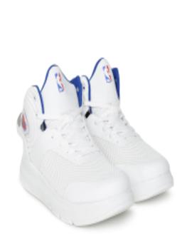 Men White New York Knicks Sneakers by Nba