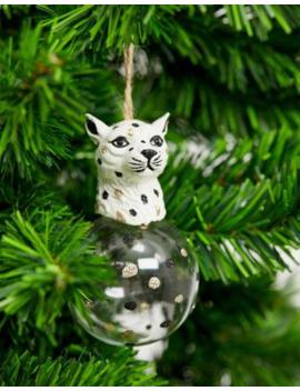 Bola De Navidad Lujosa Con Diseño De Leopardo De Sass &Amp; Belle by Sass & Belle