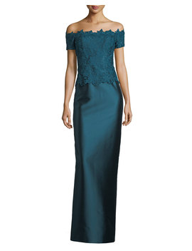 Gazar Lace Off The Shoulder Column Gown by Rickie Freeman For Teri Jon