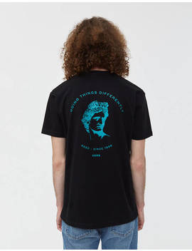Short Sleeve Statue Graphic Tee In Black by Needneed