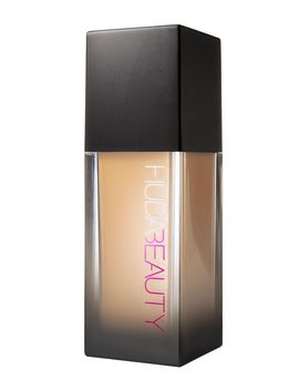 #Faux Filter Foundation by Huda Beauty