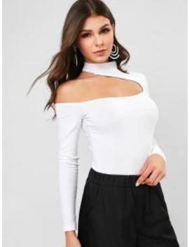 Snap Button Mock Neck Cut Out Bodysuit   White L by Zaful