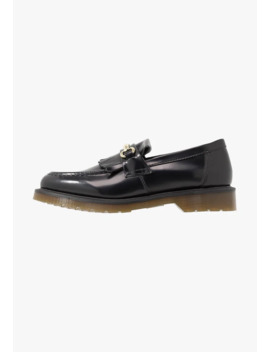 Adrian Snaffle   Instappers by Dr. Martens