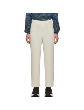 Off White Pleats Tailored Straight Leg Trousers by Homme PlissÉ Issey Miyake