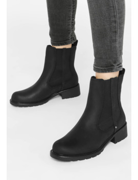 Classic Ankle Boots by Clarks