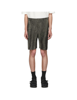 Black Mc June Network Check Shorts by Homme PlissÉ Issey Miyake