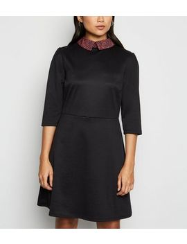 Petite Black Leopard Print Collar Skater Dress by New Look